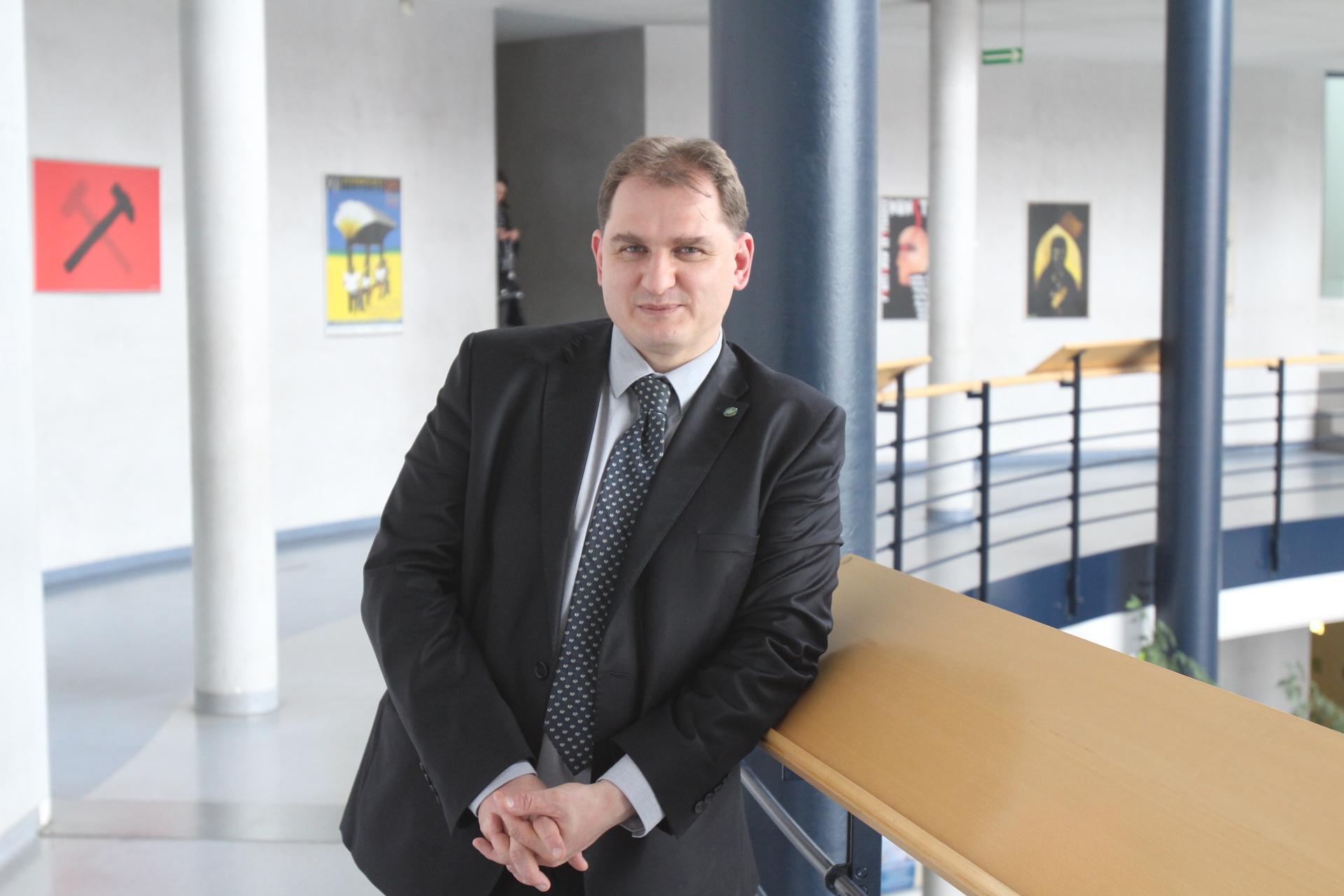 prof. Jacek Barcik